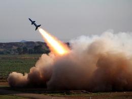 朝鲜在中朝边界<br>发射短程导弹