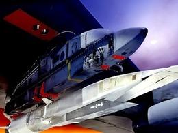 解放军研超燃冲压超声速导弹赶超美军