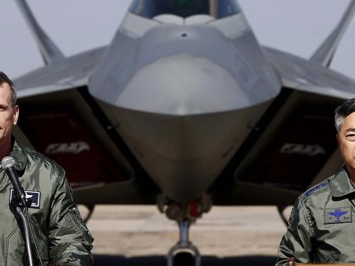 美F22进驻澳大利亚 美媒直言遏制中国