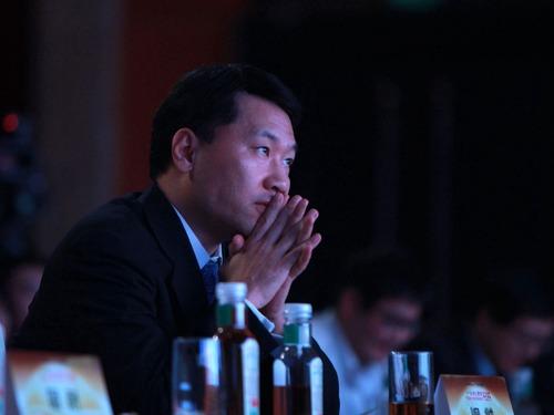 中国发审皇帝遭双开 证监会随即表态